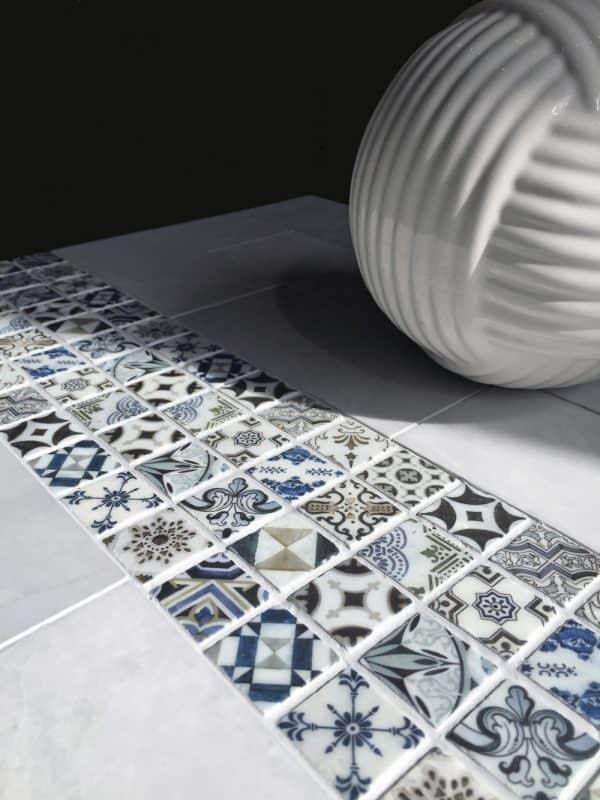 Bristol Deco Dots 1x1 art tile on Carrara marble
