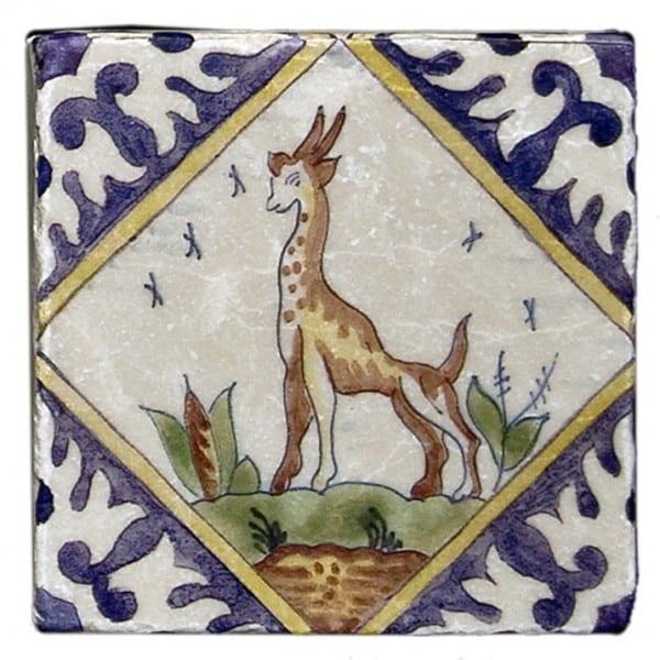 Delft Giraffe Accent Carrara
