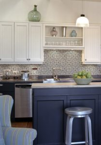 Holland Pattern kitchen backsplash installation