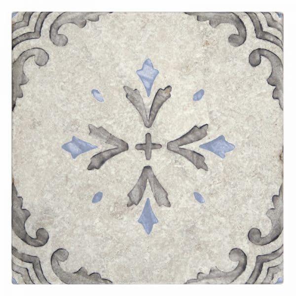 Crystal Blue on Perle Blanc