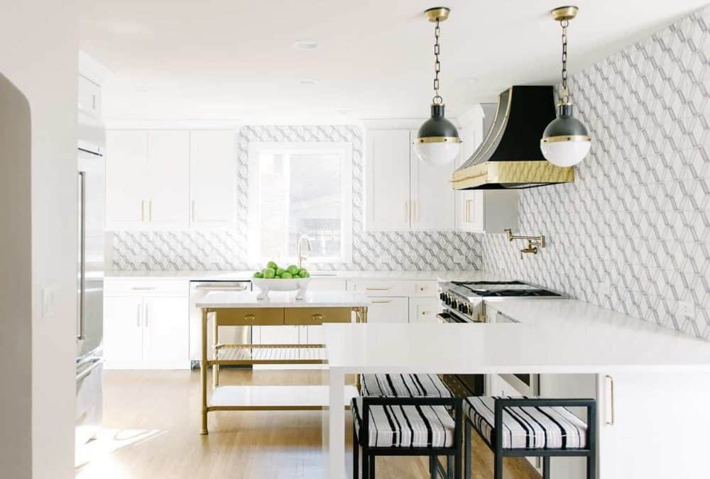 Home Tour: Transitional Tulsa Kitchen