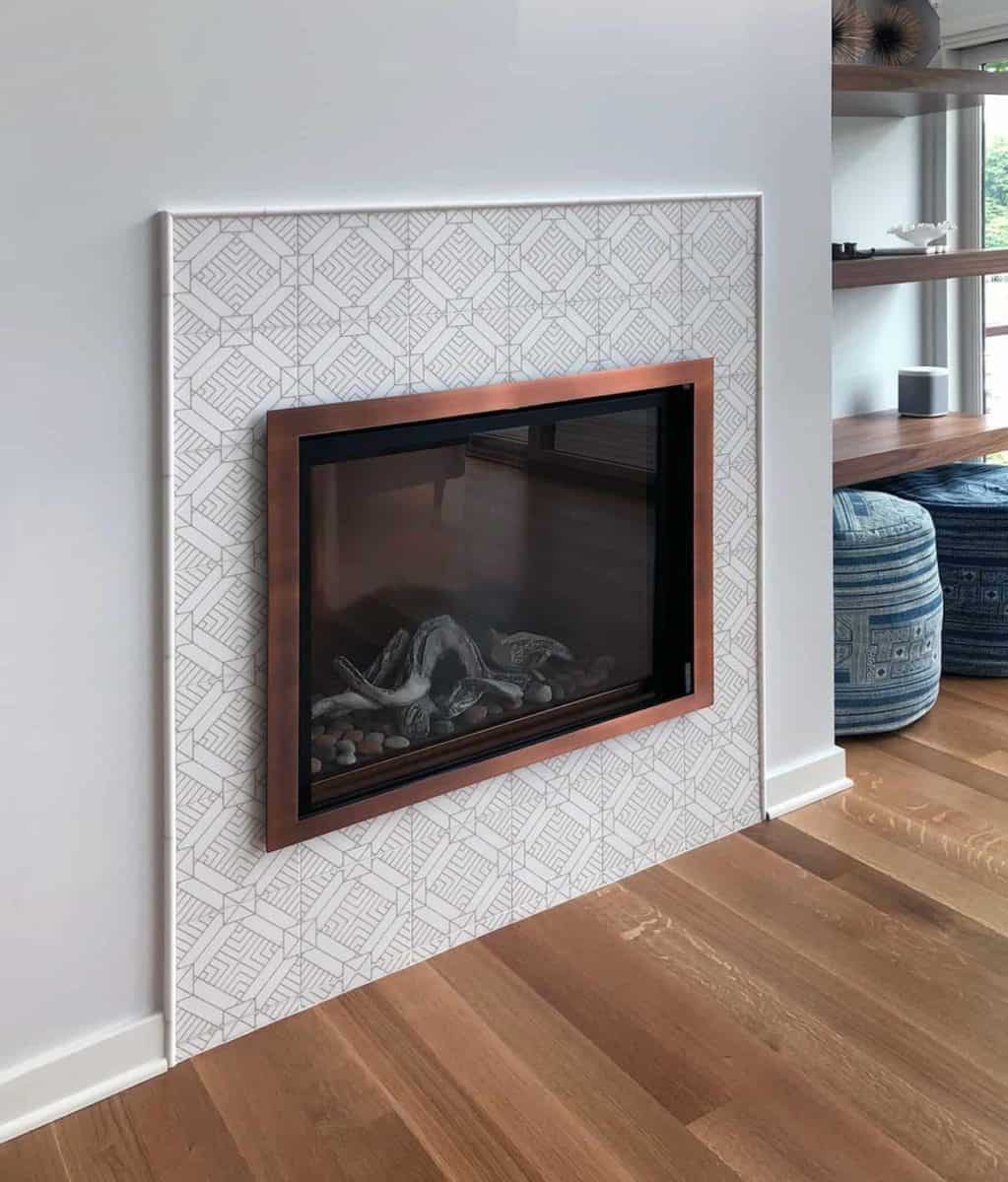 Aurum tile on thassos on fireplace