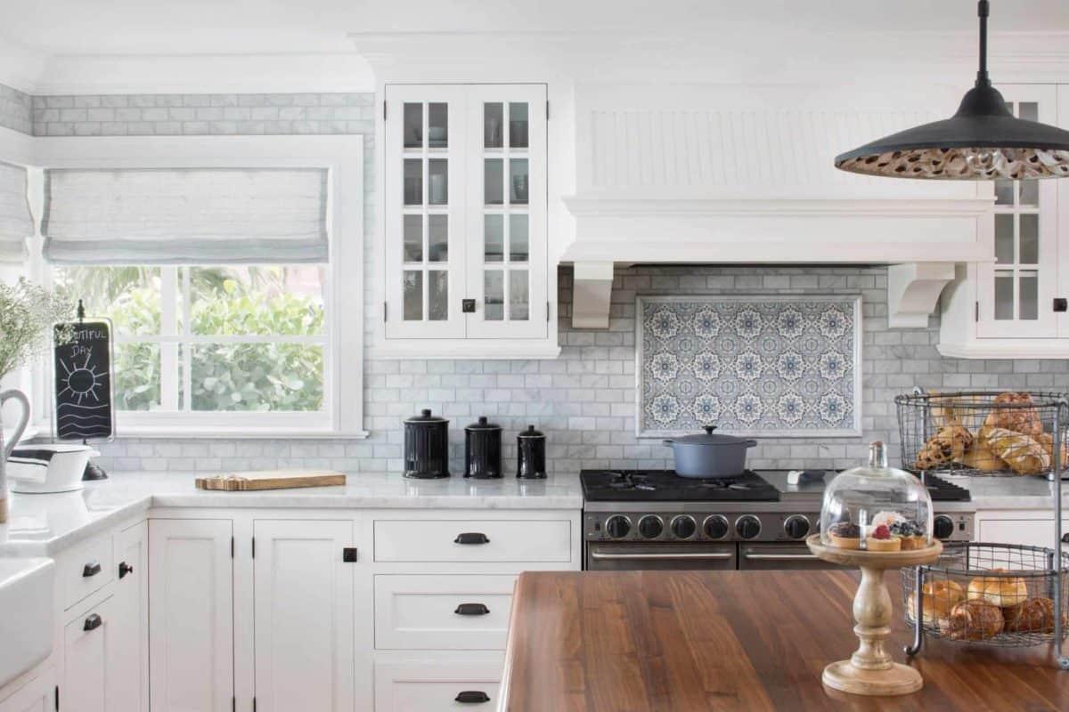 Sanza pattern on 6x6 carrara in coastal kitchen backsplash