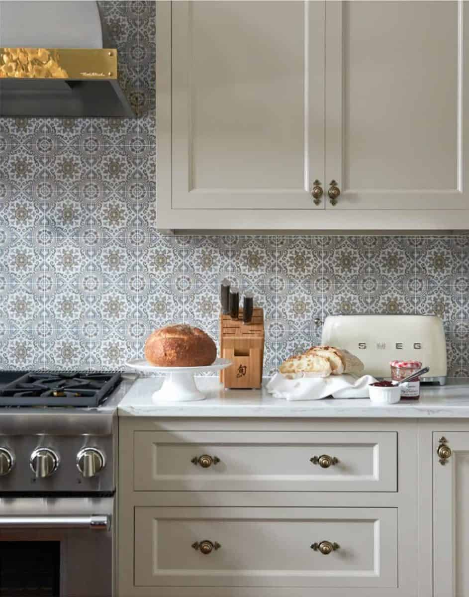 sanza pattern on 6x6 carrara in modern moroccan kitchen