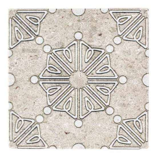 Dahlia Pattern Tile white and gold on tumbled Perle blanc limestone