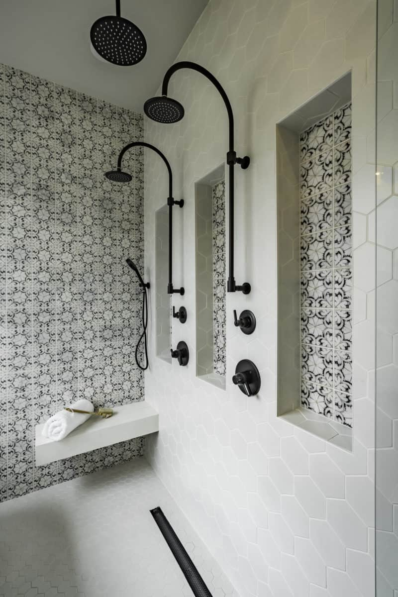 Contemporary shower with spanish tile Oasis on 6x6 honed carrara