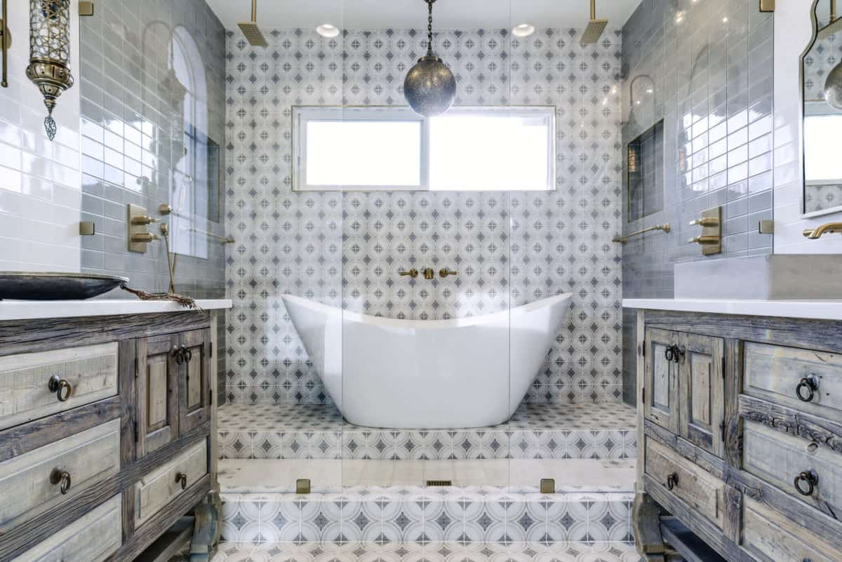 Moroccan master bathroom with ventana pattern on 6x6 carrara
