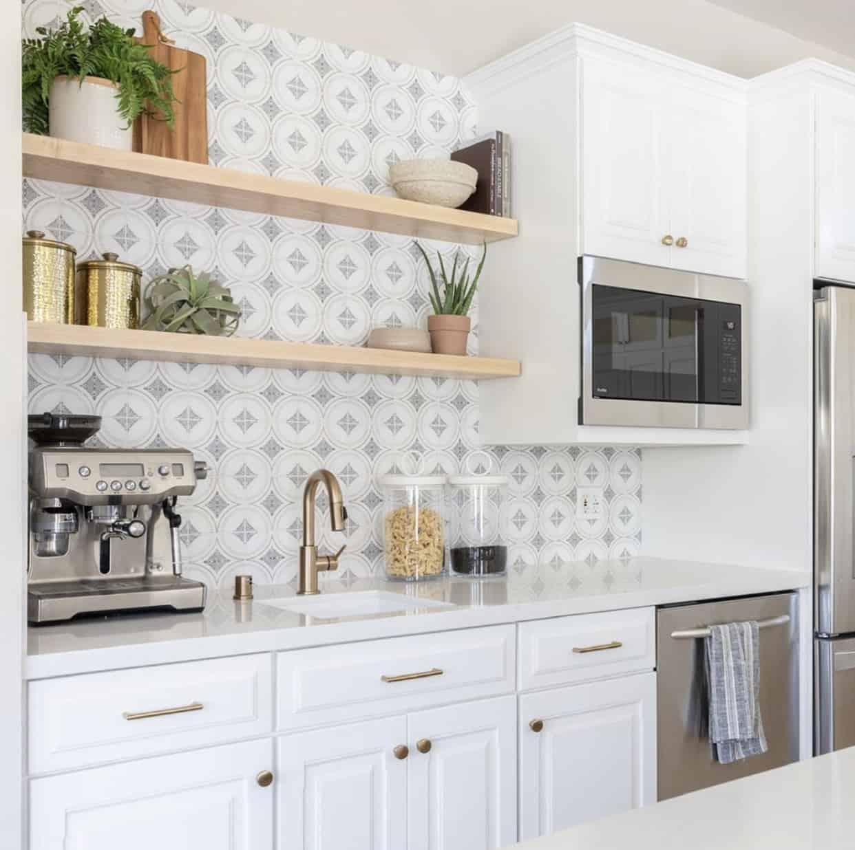 Ventana tile in modern farmhouse kitchen