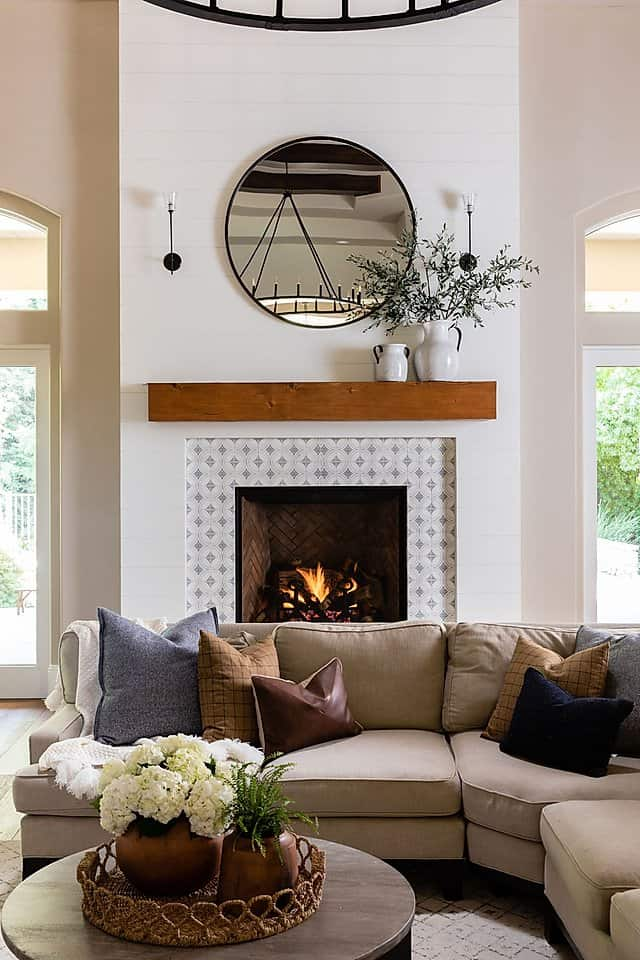 Ventana fireplace in modern rustic living room