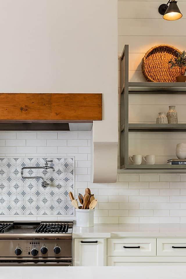 Ventana backsplash in traditional kitchen