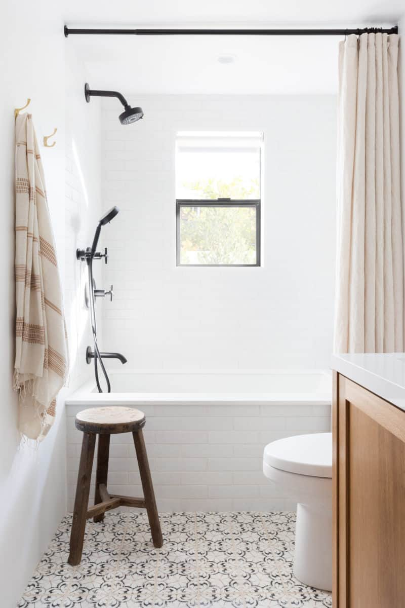 Southwestern Bathroom floor Oasis tile in Black