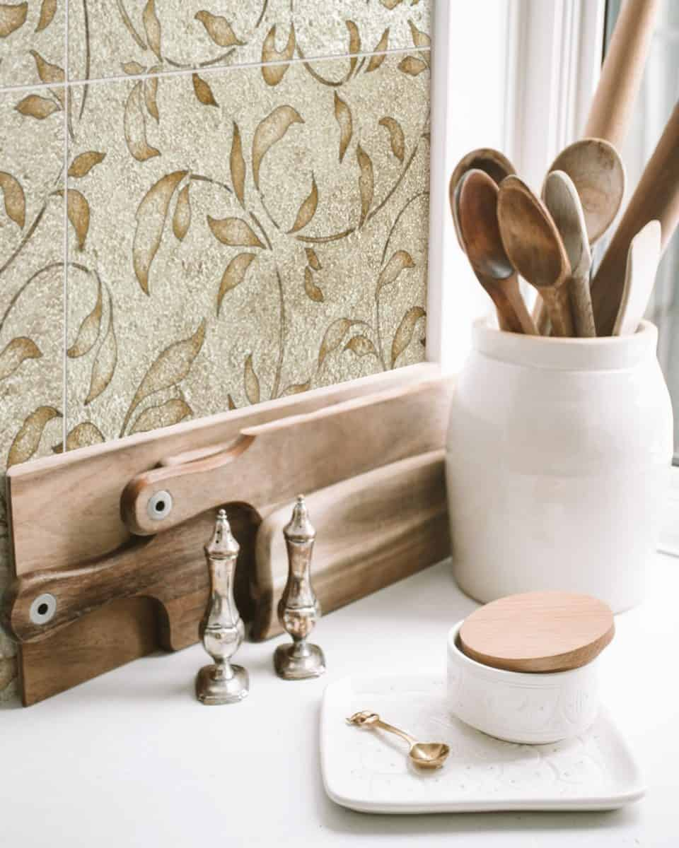 Gold Liore Pattern Tile close up with kitchen accessories