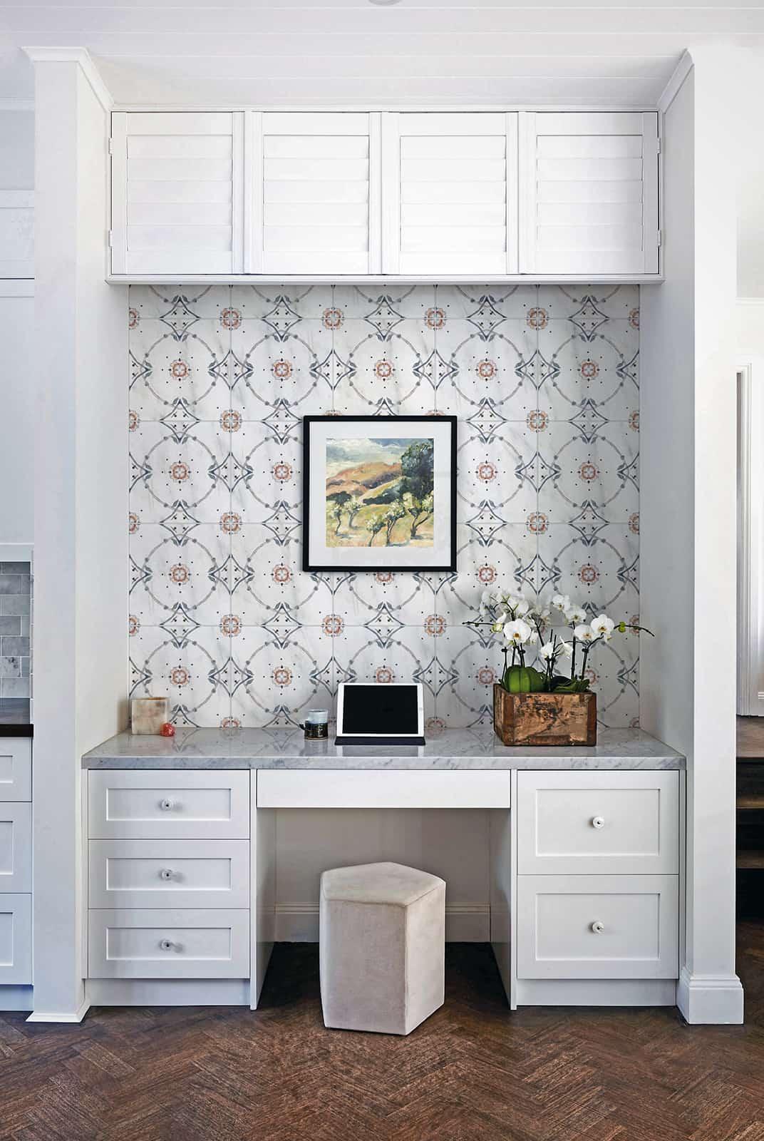 Stella (Wildberry) Carrara Desk Nook